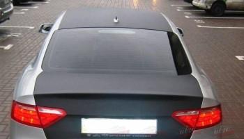 Оклейка багажника, и крыши авто пленкой карбон Киев