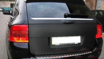 Оклейка авто пленкой карбон Киев