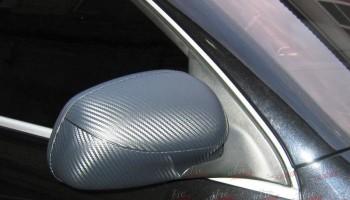 Оклейка зеркал авто пленкой карбон Киев