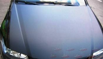 Оклейка капота авто пленкой карбон Киев