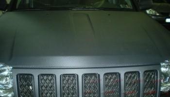Оклейка авто карбоновой пленкой
