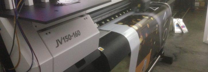 Теперь печатаем в 2 раза быстрее с дополнительной машиной Mimaki JV150